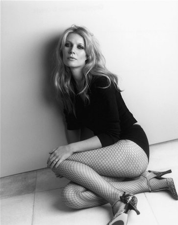 Ok, so I'm not suggesting you adopt this outside the home but Gwyneth is sure rocking a sexy fishnet look. Photo: Pinterest via whyfame.com