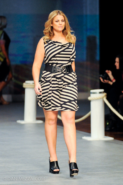 Fiona Falkiner for Myer Big is Beautiful parade, Sydney Fashion Festival. Photo: danimezza.com