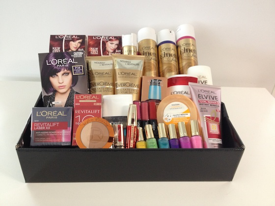 L'Oreal christmas giveaway on Styling You