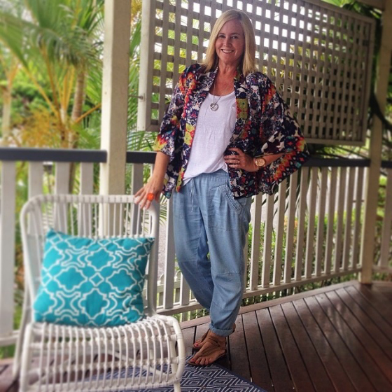Country Road pants | Country Road tee | Verily kimono | Bella Lido sandals | Uberkate necklace | Dinosaur Designs ring