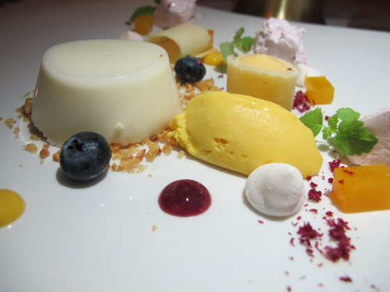 Spicers Hidden Vale - Cotton's Restaurant - Lauriebrook Goats' milk panna cotta, mango and almonds
