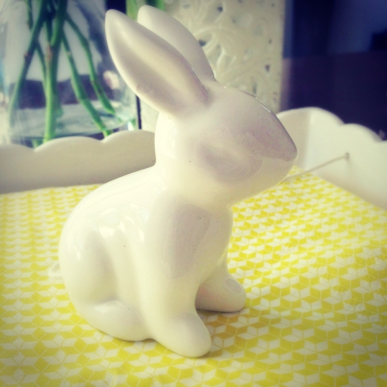 Rabbit serviette holder