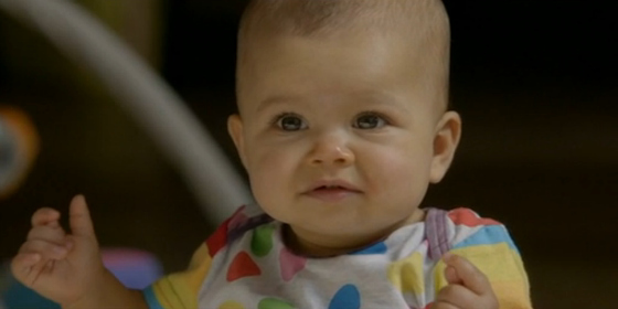 Baby Zoe wearing Oishi-M on Offspring
