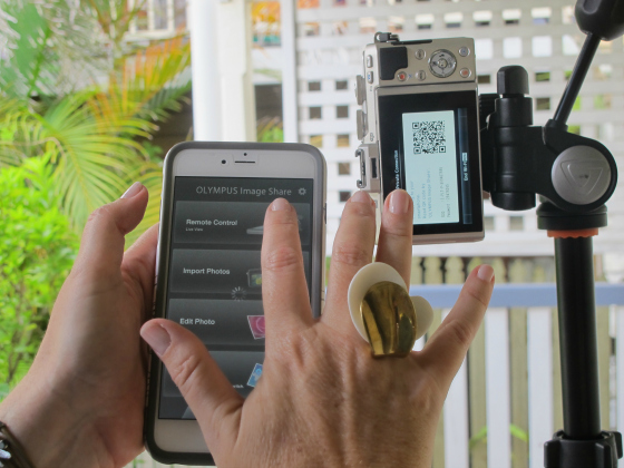 How to take a selfie - tripod and remote selfie - #selfie_olympus