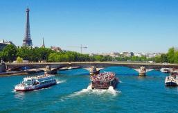 FEATURED Paris