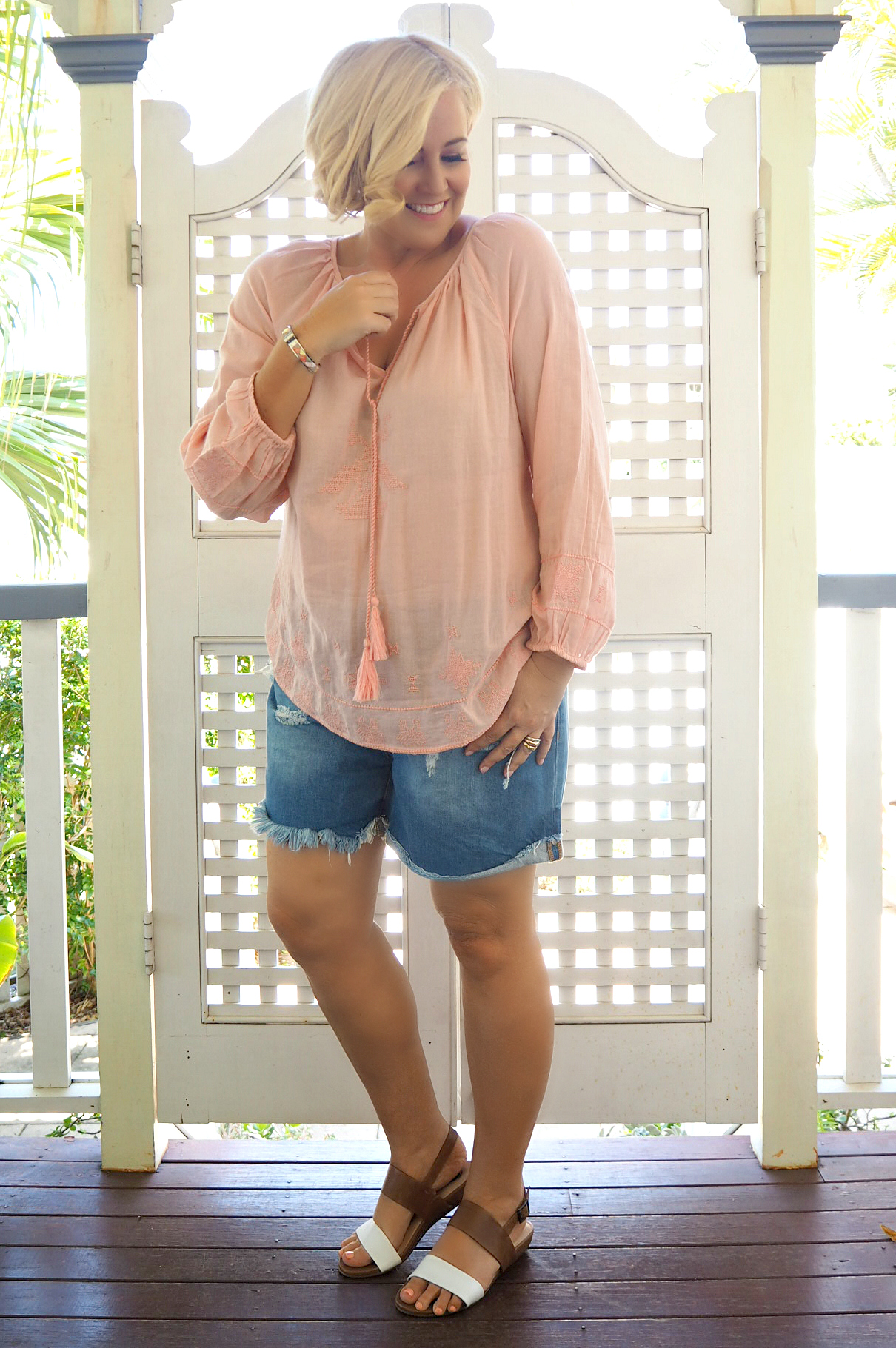 Birdsnest top | Bohemian Traders shorts | FRANKiE4 Footwear LiBBi sandals